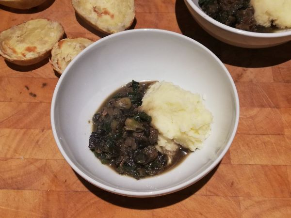 Beef and mushroom stew with mash - resized