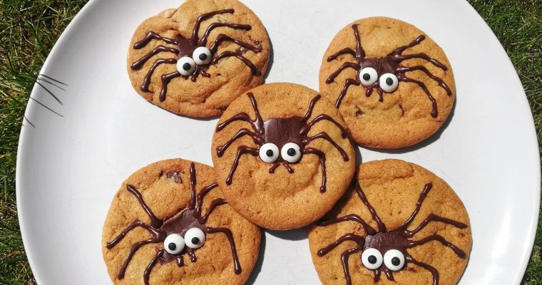 Chewy chocolate chip spider cookies