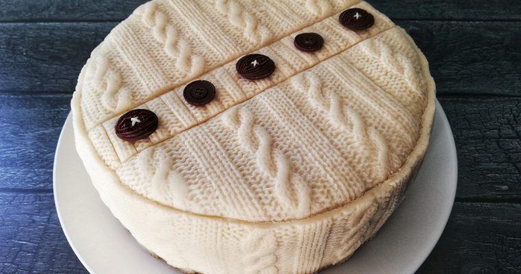 Cable-knit marzipan Christmas cake
